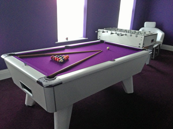 supreme-winner-white-purple-with-football-table.jpg