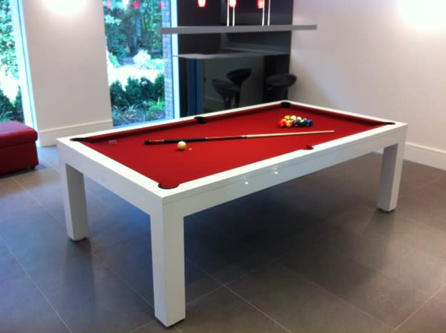 Billiards Montfort Lewis White Gloss with Red Cloth