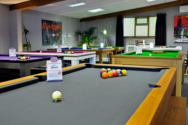 Showroom-with-luxury-pool-tables.jpg