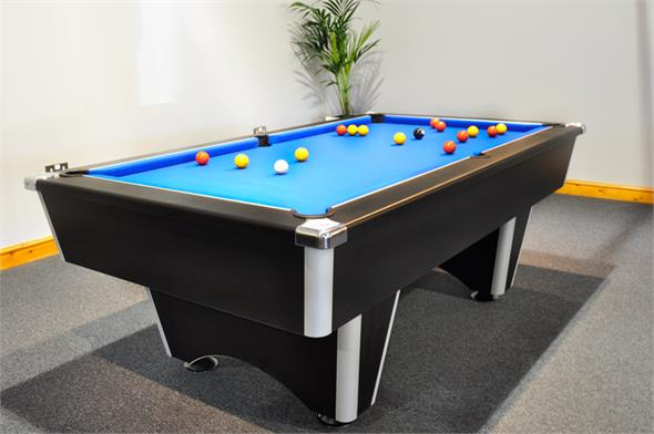 Signature Champion Pool Table: Black - 6ft, 7ft