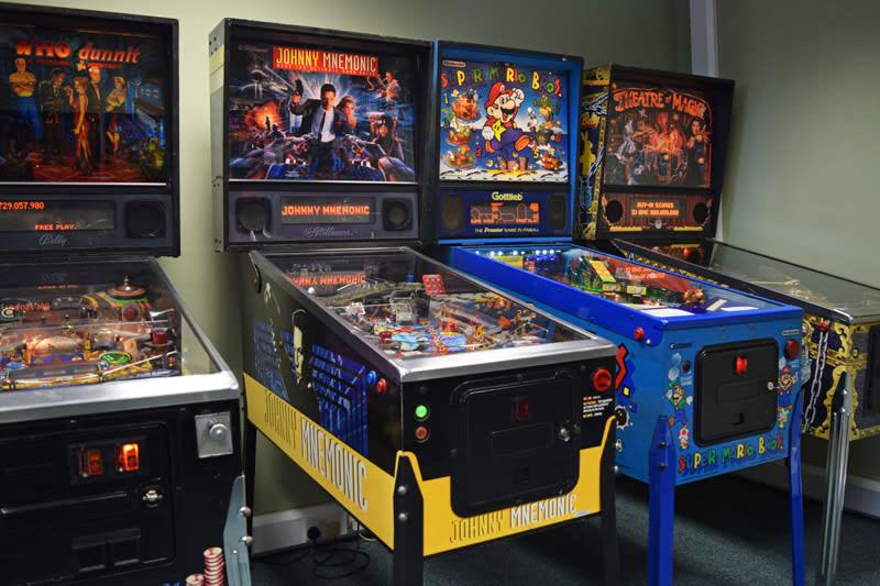 An image of Johnny Mnemonic Pinball Machine