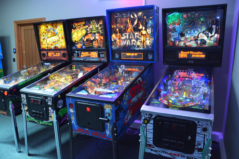 Star Wars Pinball Machine - in Showroom
