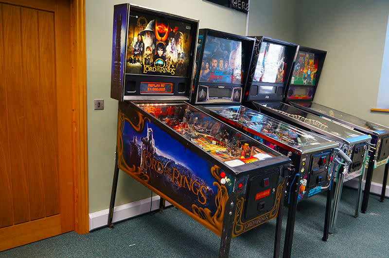 An image of Lord of the Rings Pinball Machine