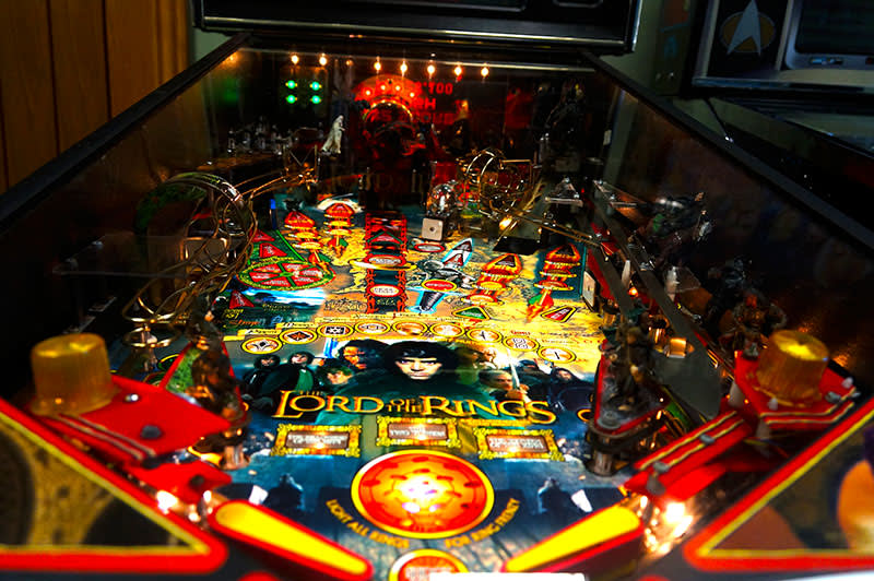 lord-of-the-rings-playfield.jpg