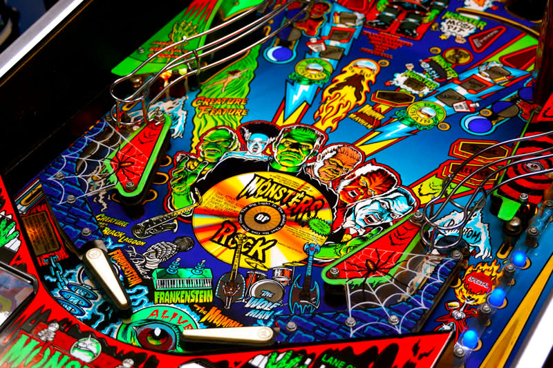 Monster Bash Pinball Machine - Flippers