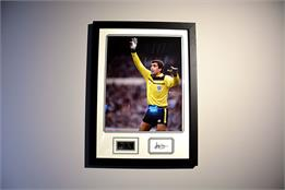 Peter Shilton Signed Photo - Framed Display