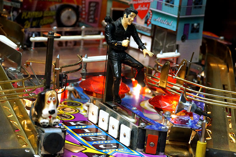 Elvis Pinball Machine - Elvis Figurine