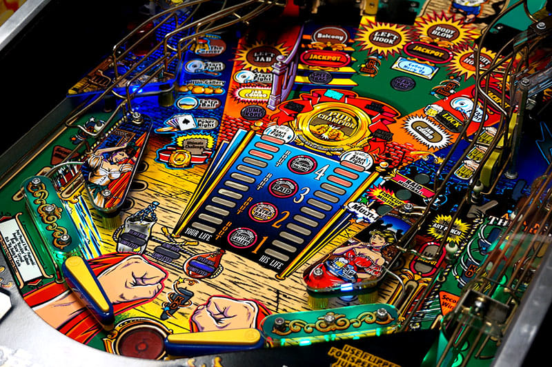 The Champion Pub Pinball Machine - Flippers