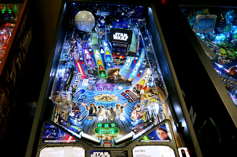 Star Wars Pro Pinball Machine - Playfield