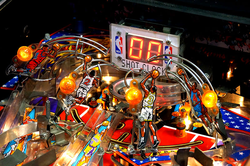 NBA Fastbreak Pinball Machine - Hoop