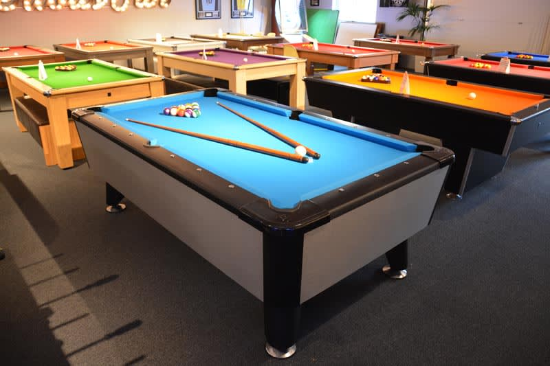 Signature Lincoln Pool Table