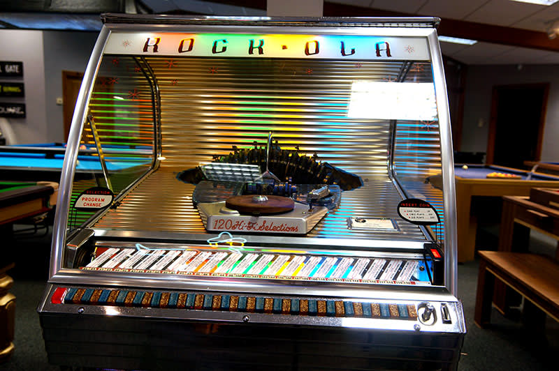 Rock Ola 1454 Vinyl Jukebox Free Delivery And Installation
