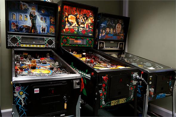 Guns n' Roses Pinball Machine