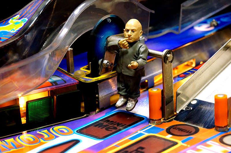 Austin Powers Pinball Machine - Mini Me Spinner
