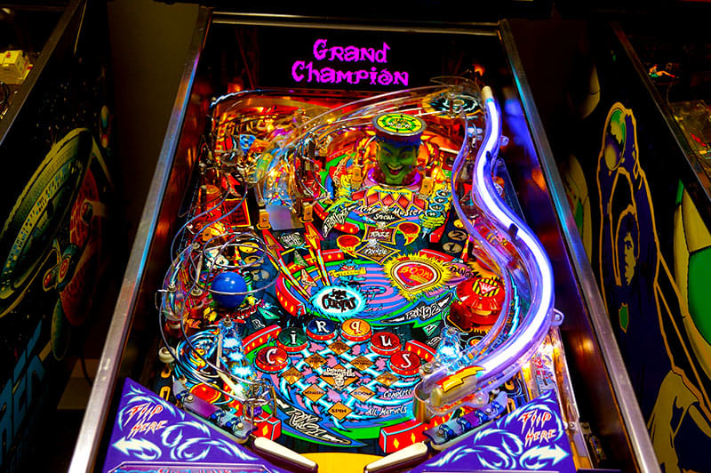 Cirqus Voltaire Pinball Machine - Playfield
