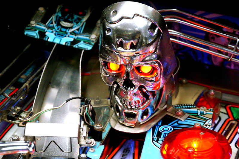 Terminator 2 Pinball Machine - T800 Skull