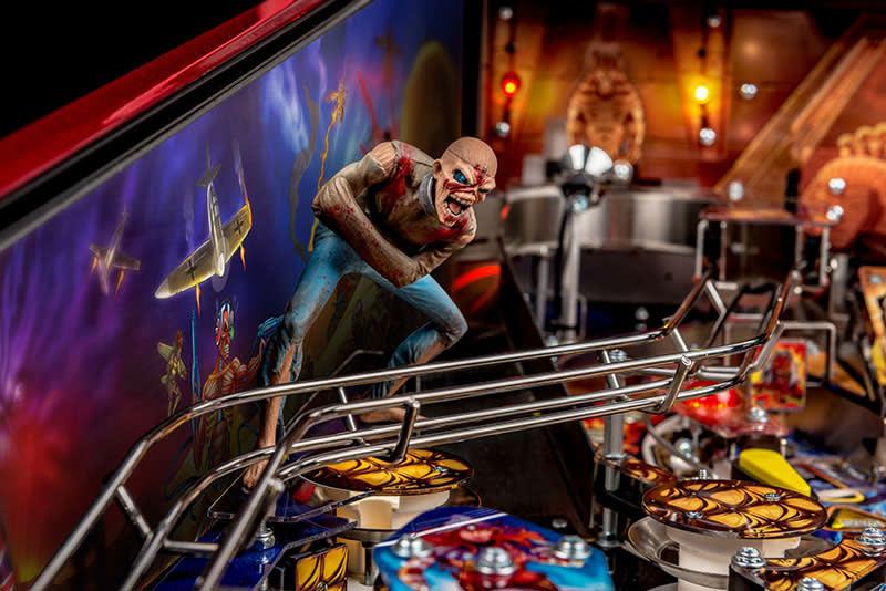 Iron Maiden LE Pinball Machine - Piece of Mind Eddie Figure