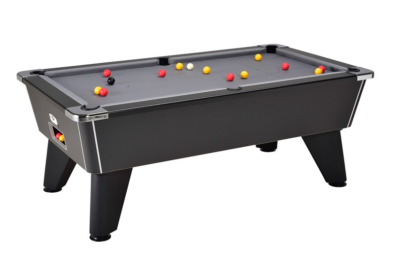 Signature Tournament Pool Table: Black - Freeplay