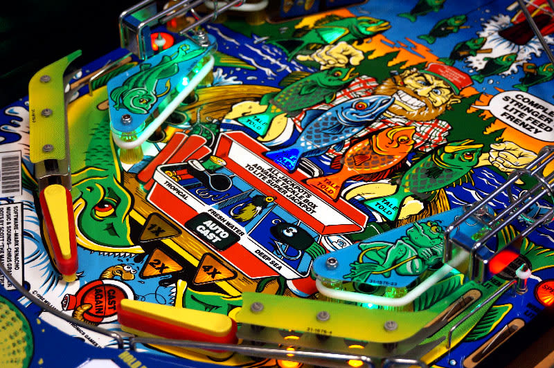 Fish Tales Pinball Machine - Flippers