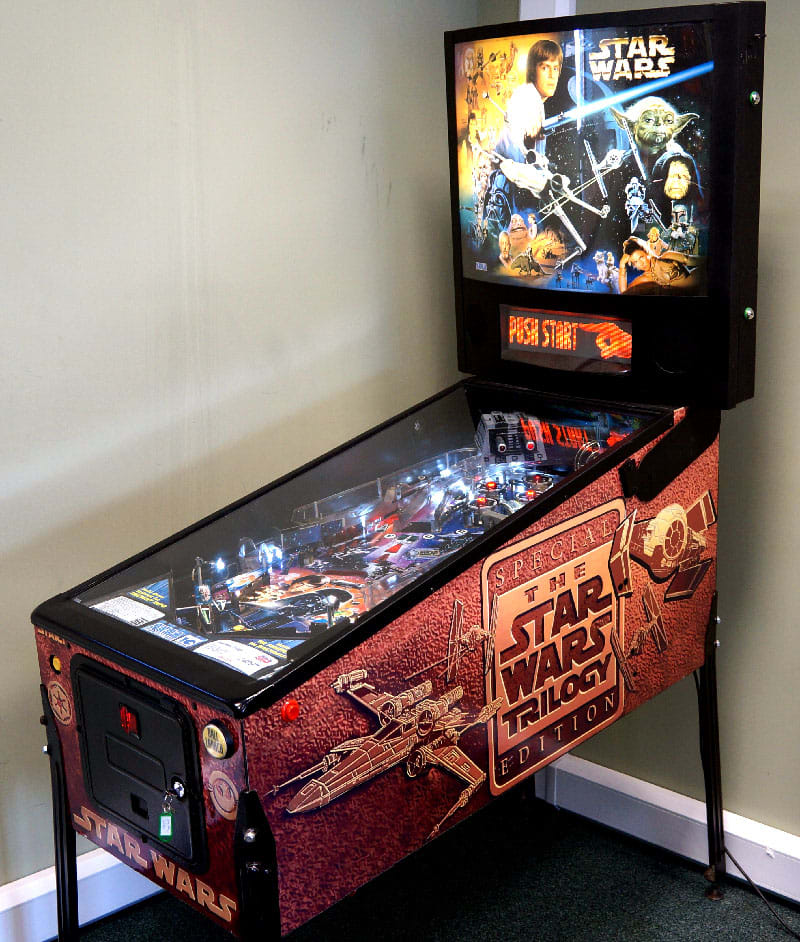 Star Wars Pinball Machine >> Star Wars Trilogy Pinball Machine For Sale Uk