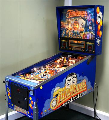 FunHouse Pinball Machine
