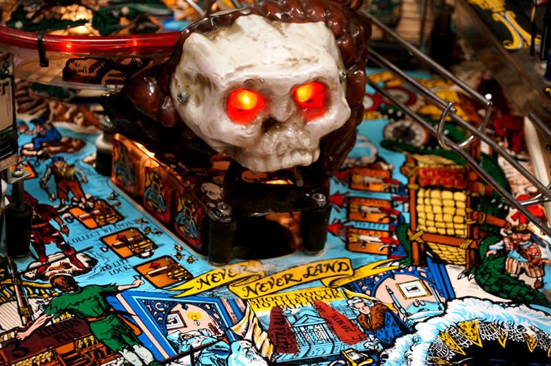 Hook Pinball Machine - Skull Rock