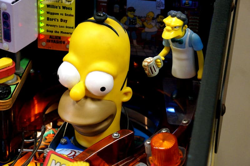 The Simpsons Pinball Party Pinball Machine - Homer