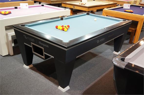 Rasson Vanquish Pool Table: 7ft