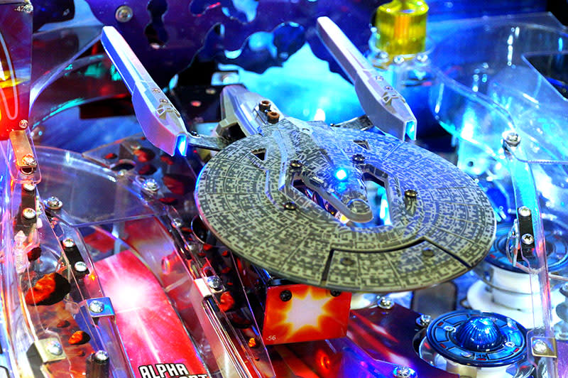 Star Trek Pinball Machine Pro Version - USS Vengeance