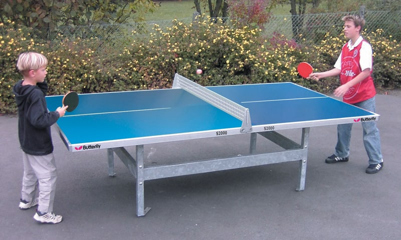 Butterfly S2000 30SQ Concrete and Steel Outdoor Table Tennis Table - Blue: In action