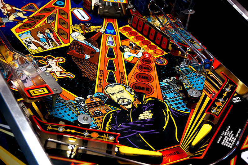 Doctor Who Pinball Machine - Flippers