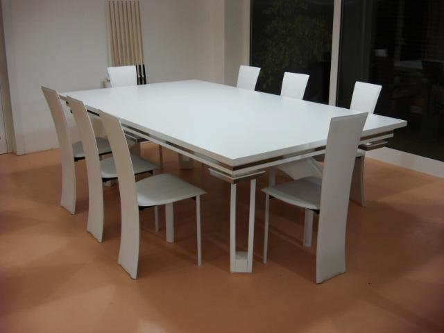 Etrusco P40: White with Dining Top