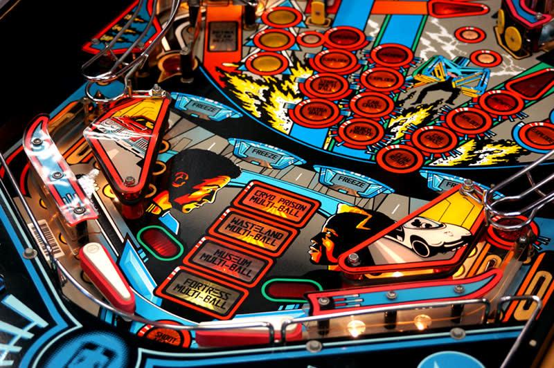 Demolition Man Pinball Machine - Flippers