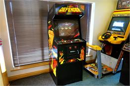 Defender Vintage Arcade Machine
