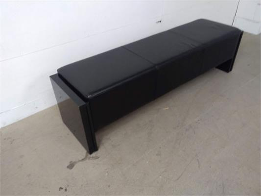Sam 6ft Pool Table Bench - Upholstered, Black: Warehouse Clearance