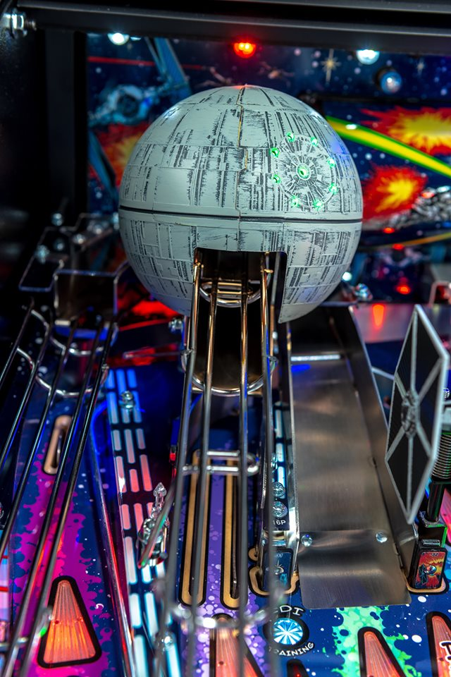 Star Wars Comic Edition Premium Pinball Machine - Death Star