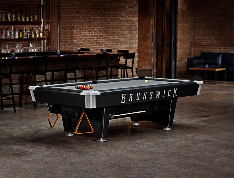 Brunswick Black Wolf Pro American Pool Table