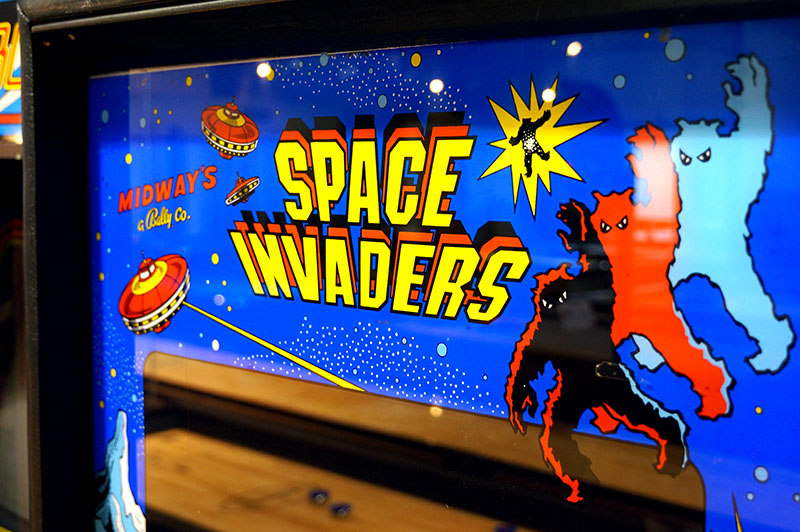 Space Invaders Arcade Machine - Marquee