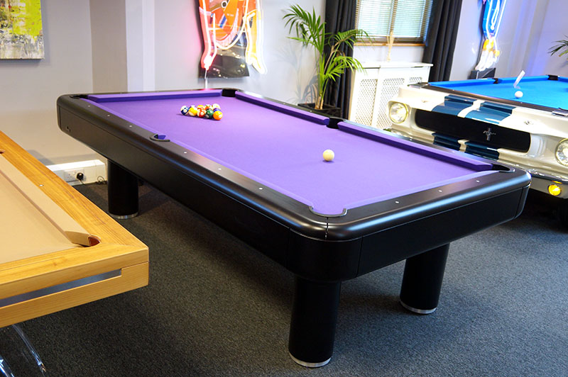 Longoni Elite American Pool Table in Black: Clearance