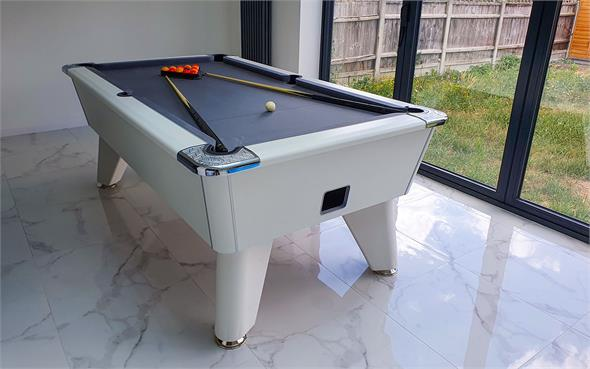 Signature Tournament Pro Edition Pool Table: White - 6ft, 7ft