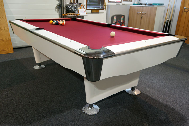 Signature Jefferson American Pool Table - Low Angle