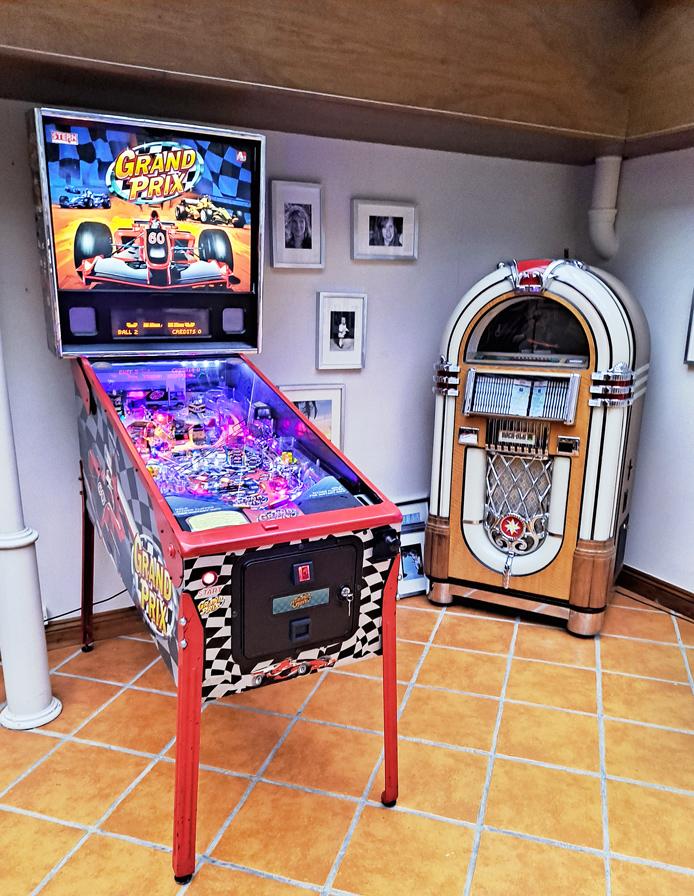 An image of Grand Prix Pinball Machine