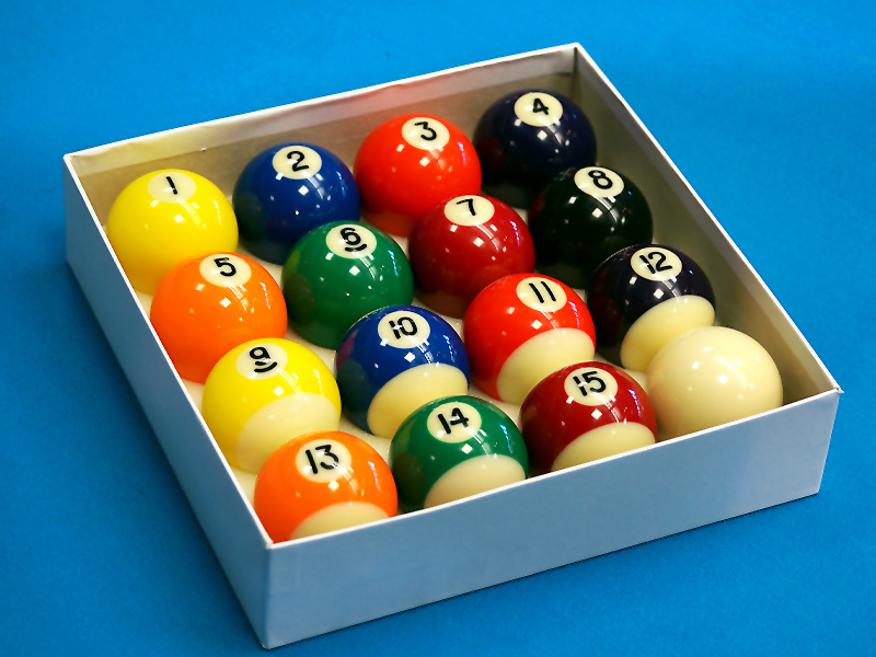 "An image of 2 1/4"" Spots and Stripes Pool Balls"
