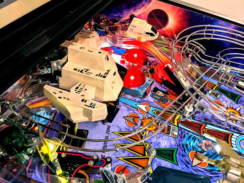 Star Trek: The Next Generation Pinball Machine - Borg Ship