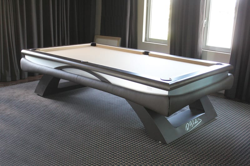 Toulet Bitalis Pool Table